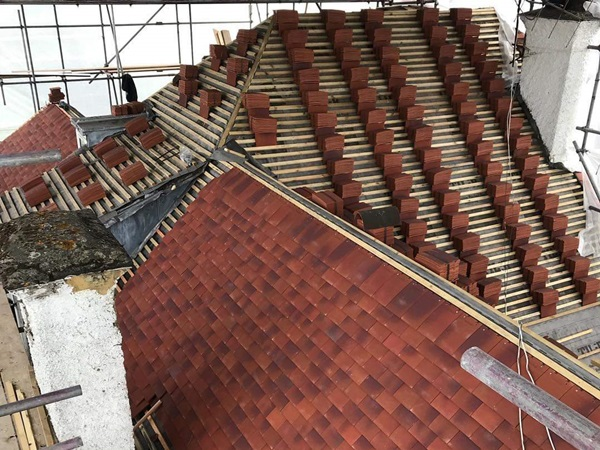 Re-roofing contractors in London